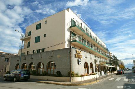 https://www.hotelmedes.com/resources/img/imgTxt/hotel-medes-hotel-hotel-lateral-nova-web-1_1_19_39.jpg